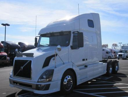 Used 2010 Volvo 670 for sale-59023071