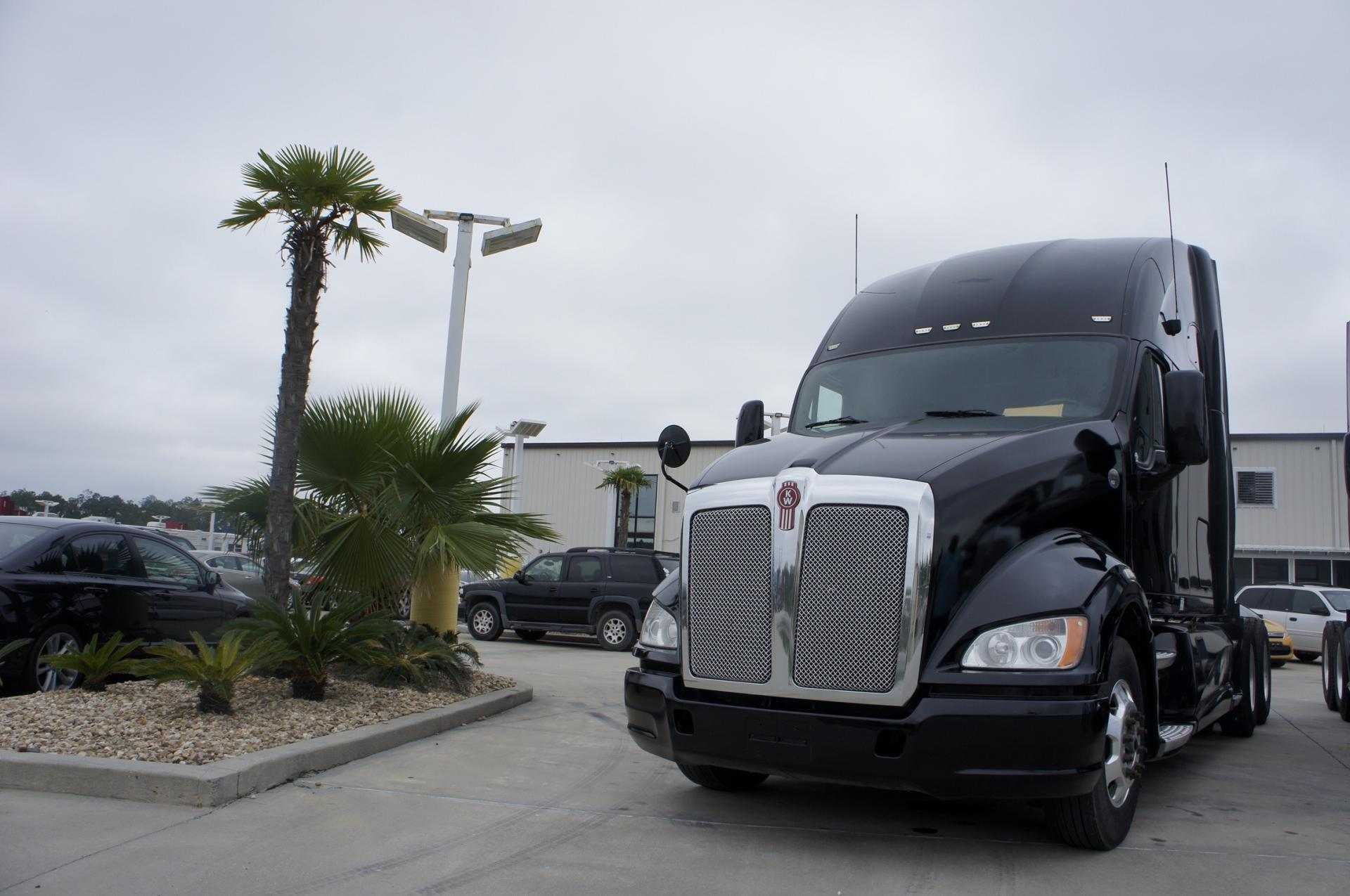 Used 2012 Kenworth T700 for sale-59247561
