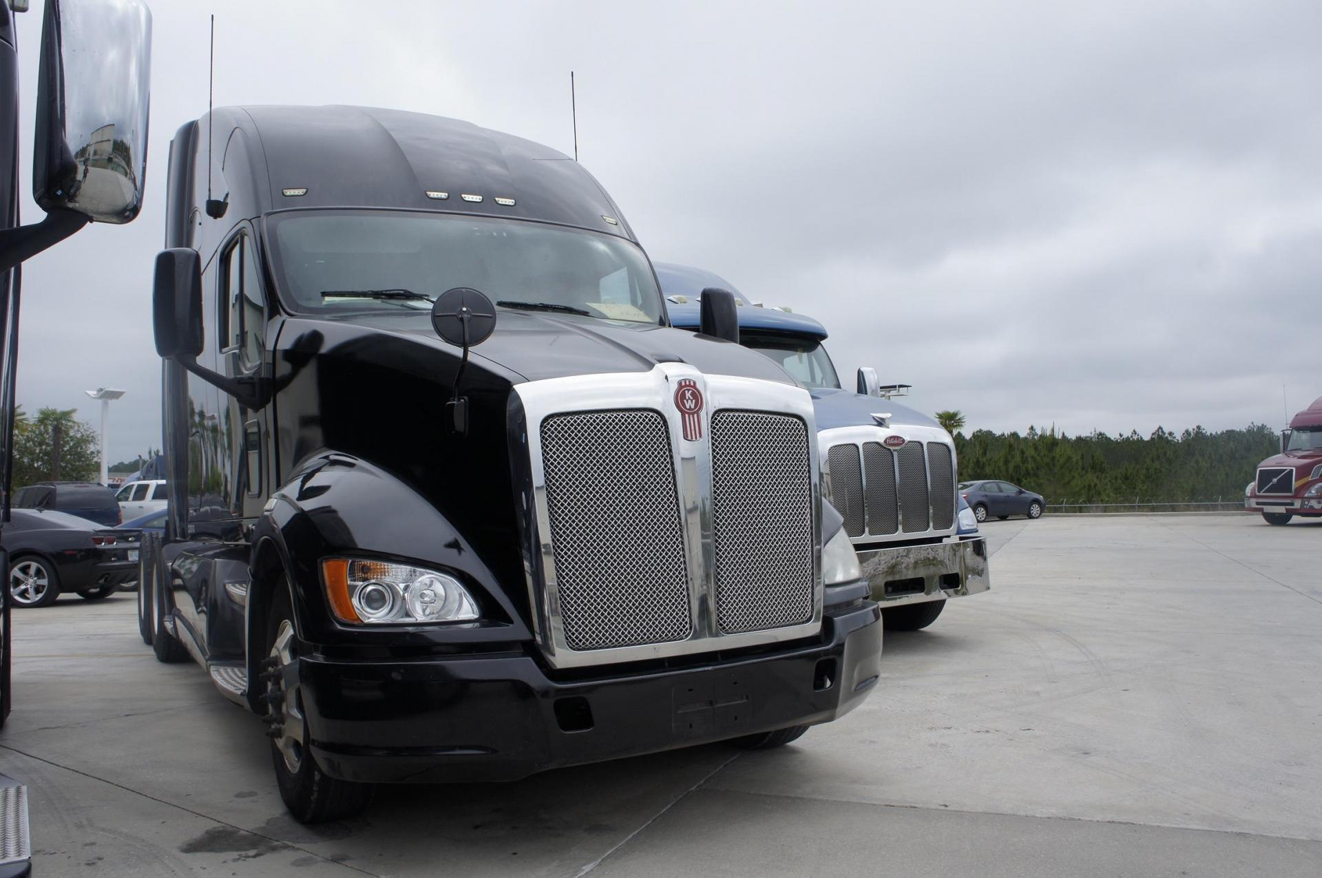 Used 2012 Kenworth T700 for sale-59050353