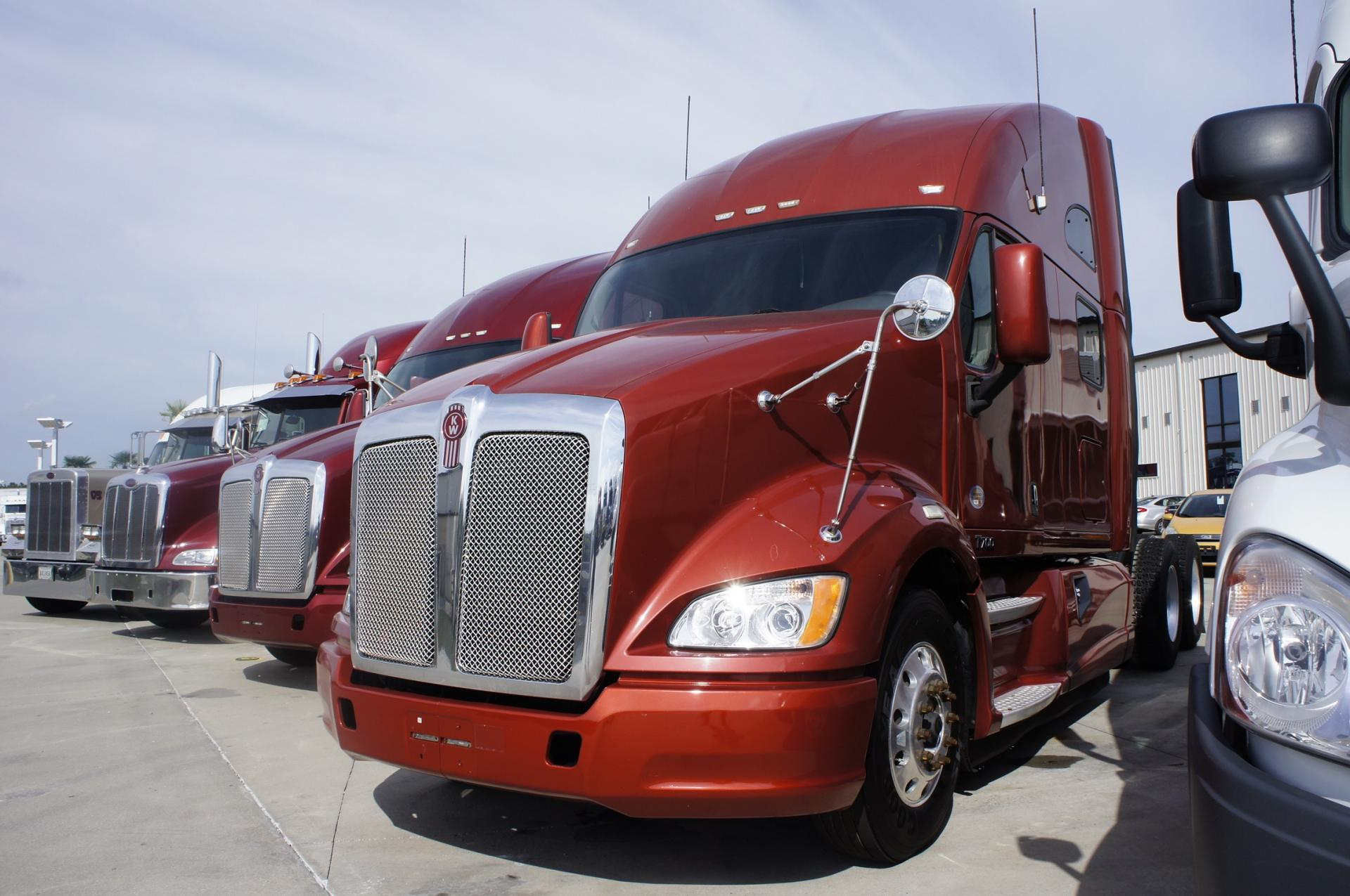 Used 2012 Kenworth T700 for sale-59198869