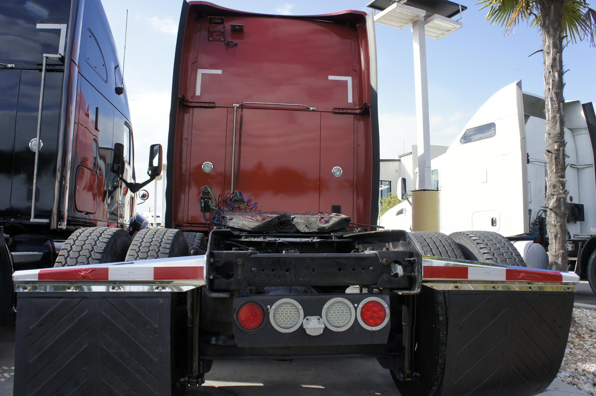 Used 2012 Kenworth T700 for sale-59023100