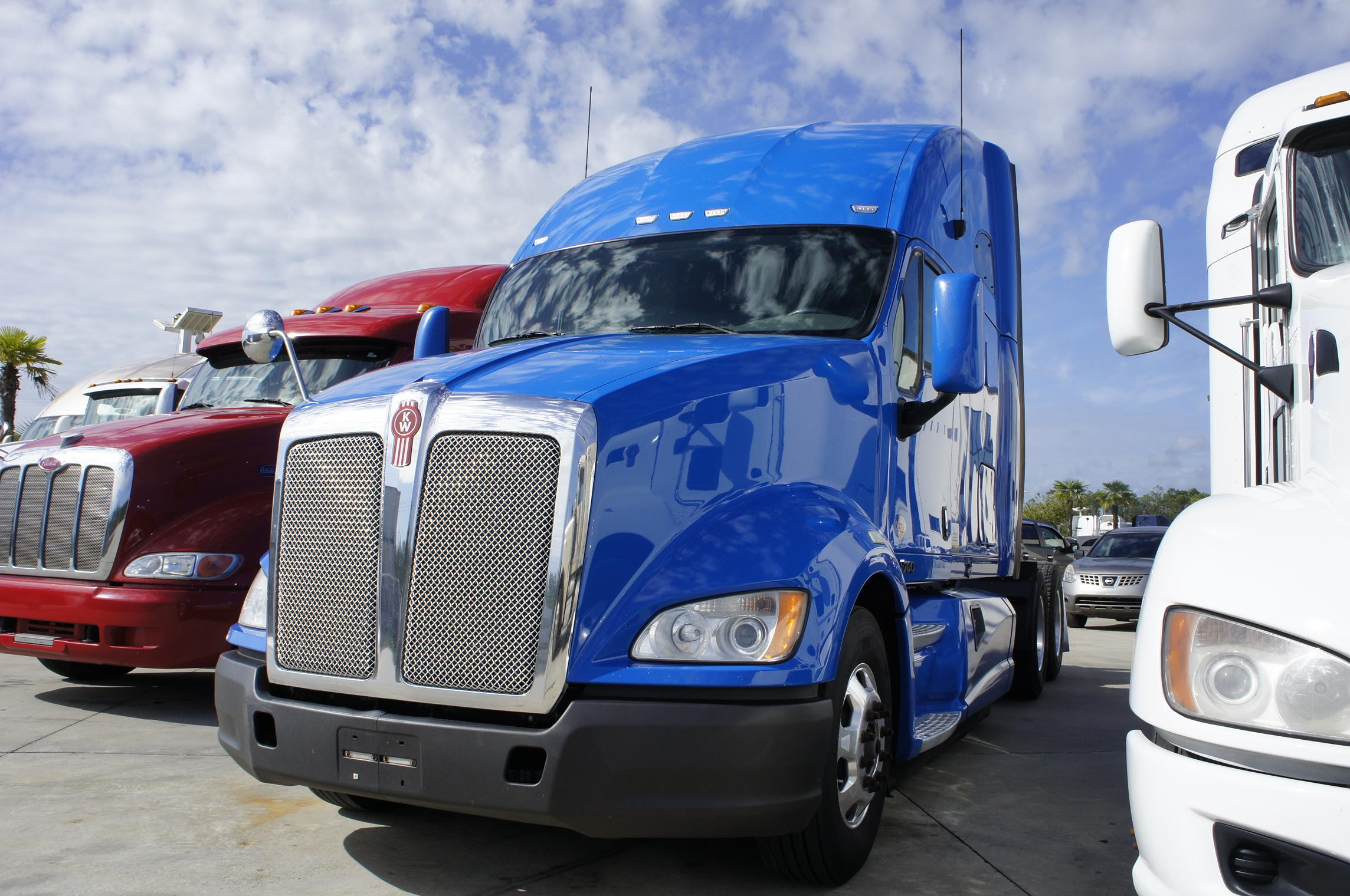 Used 2012 Kenworth T700 for sale-59234835