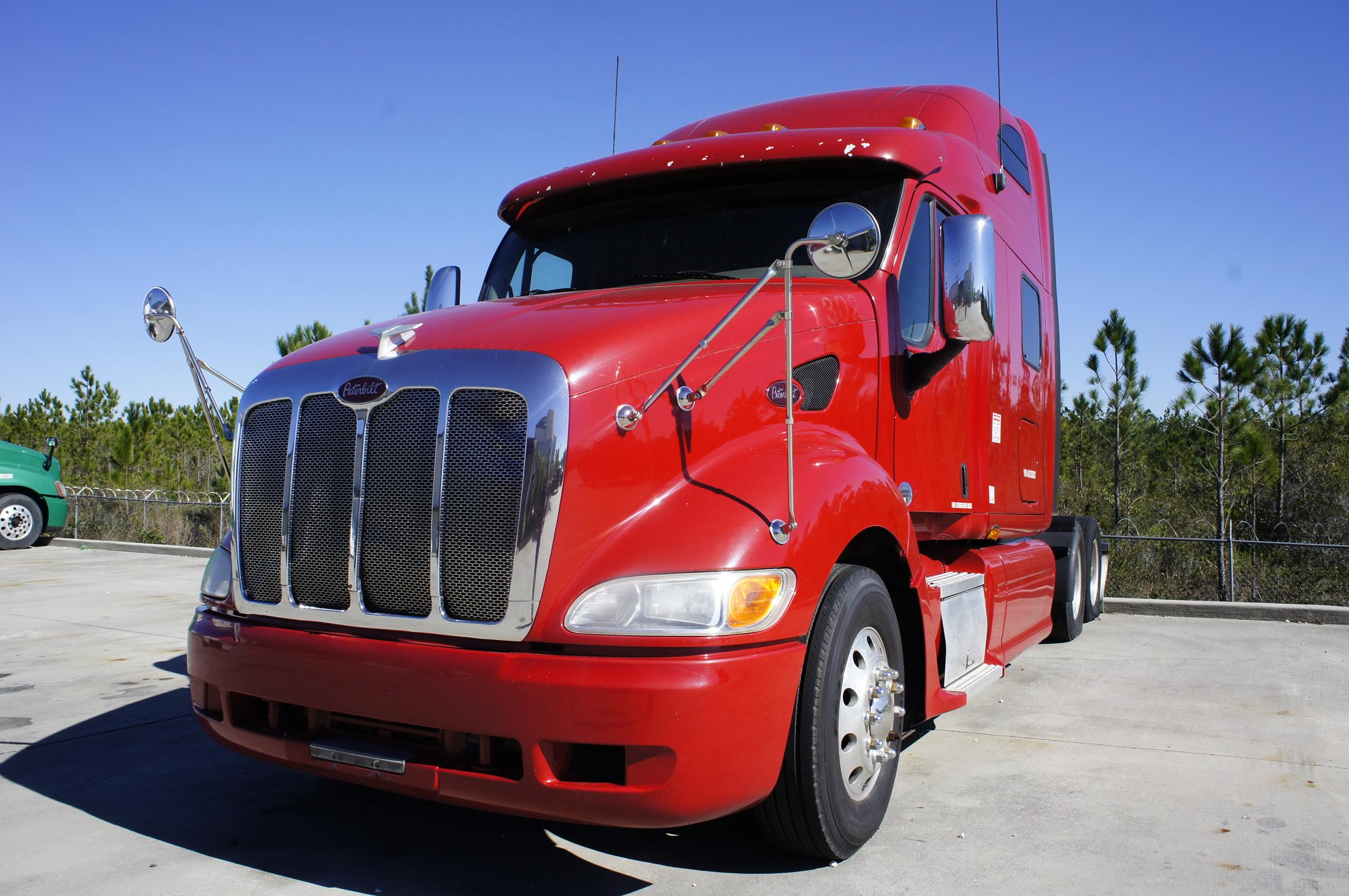USED 2010 PETERBILT 387 SLEEPER TRUCK #93495