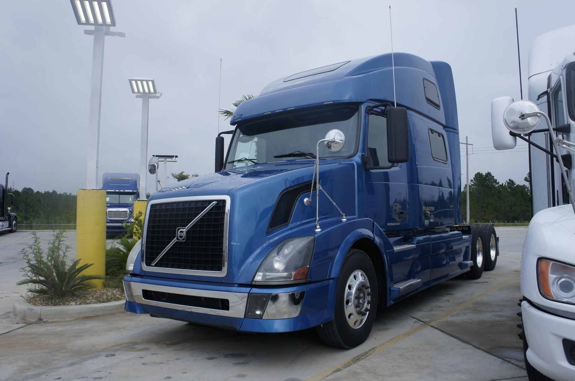 Used 2012 Volvo 780 for sale-59198922