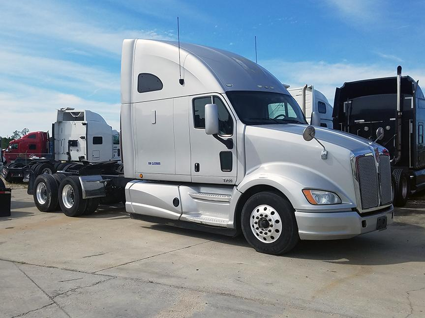 Used 2012 Kenworth T700 for sale-59234810