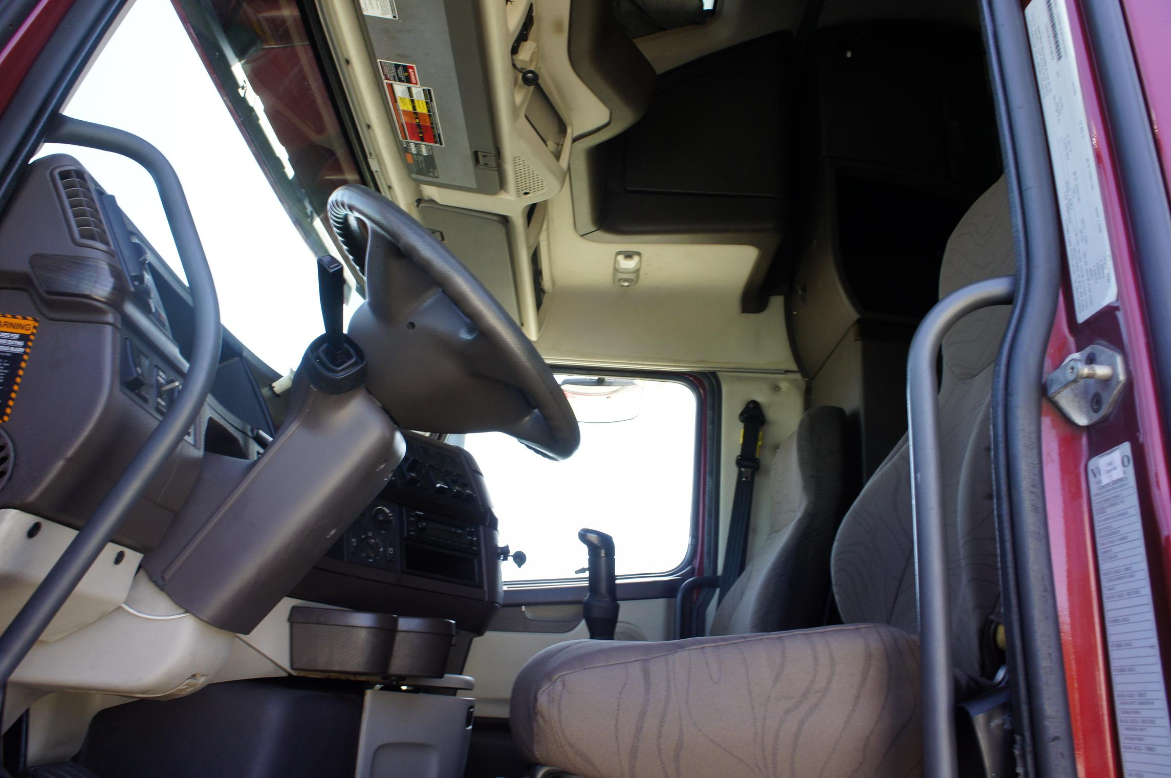 Used 2012 Volvo 780 for sale-59087149