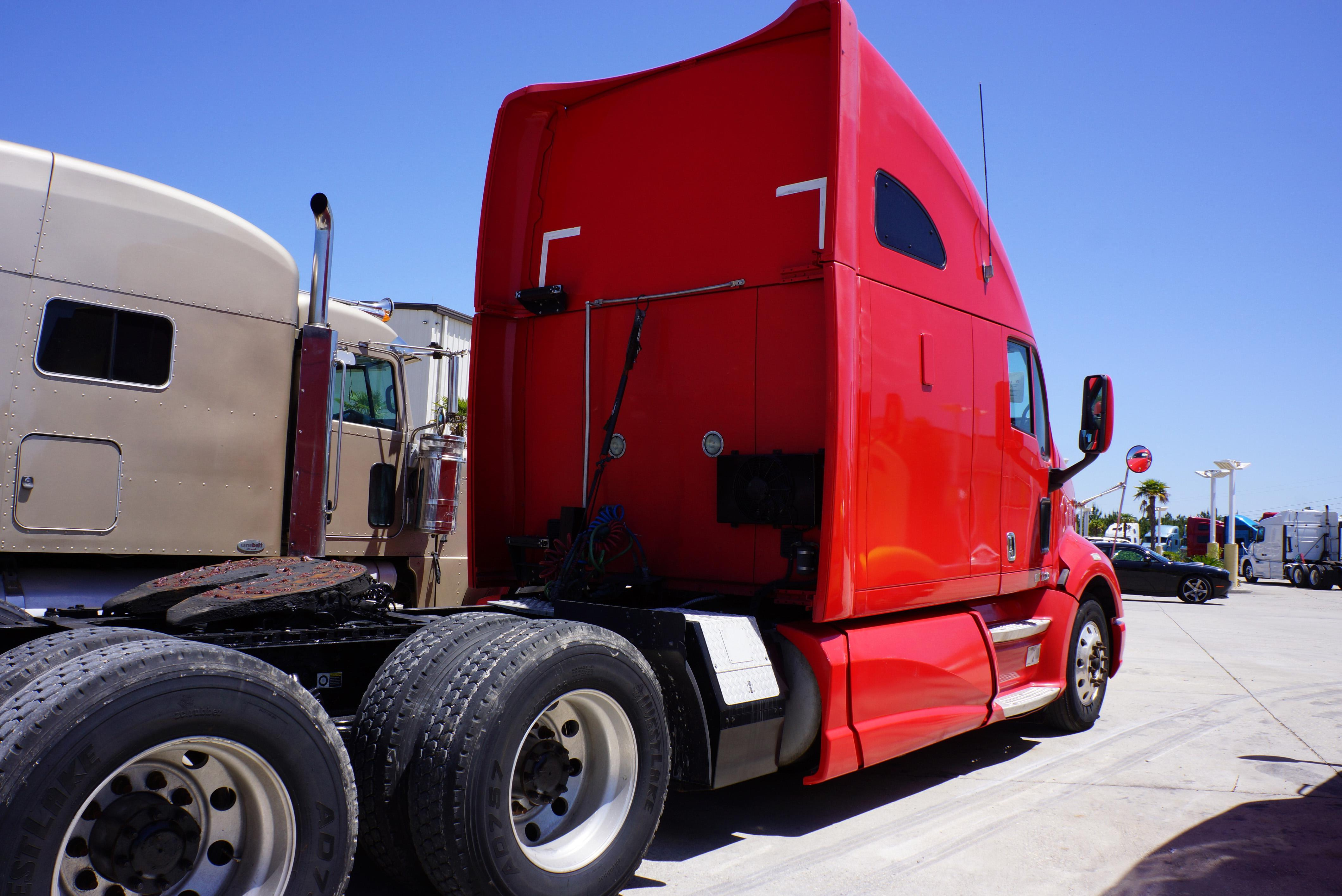 Used 2012 Kenworth T700 for sale-59234787