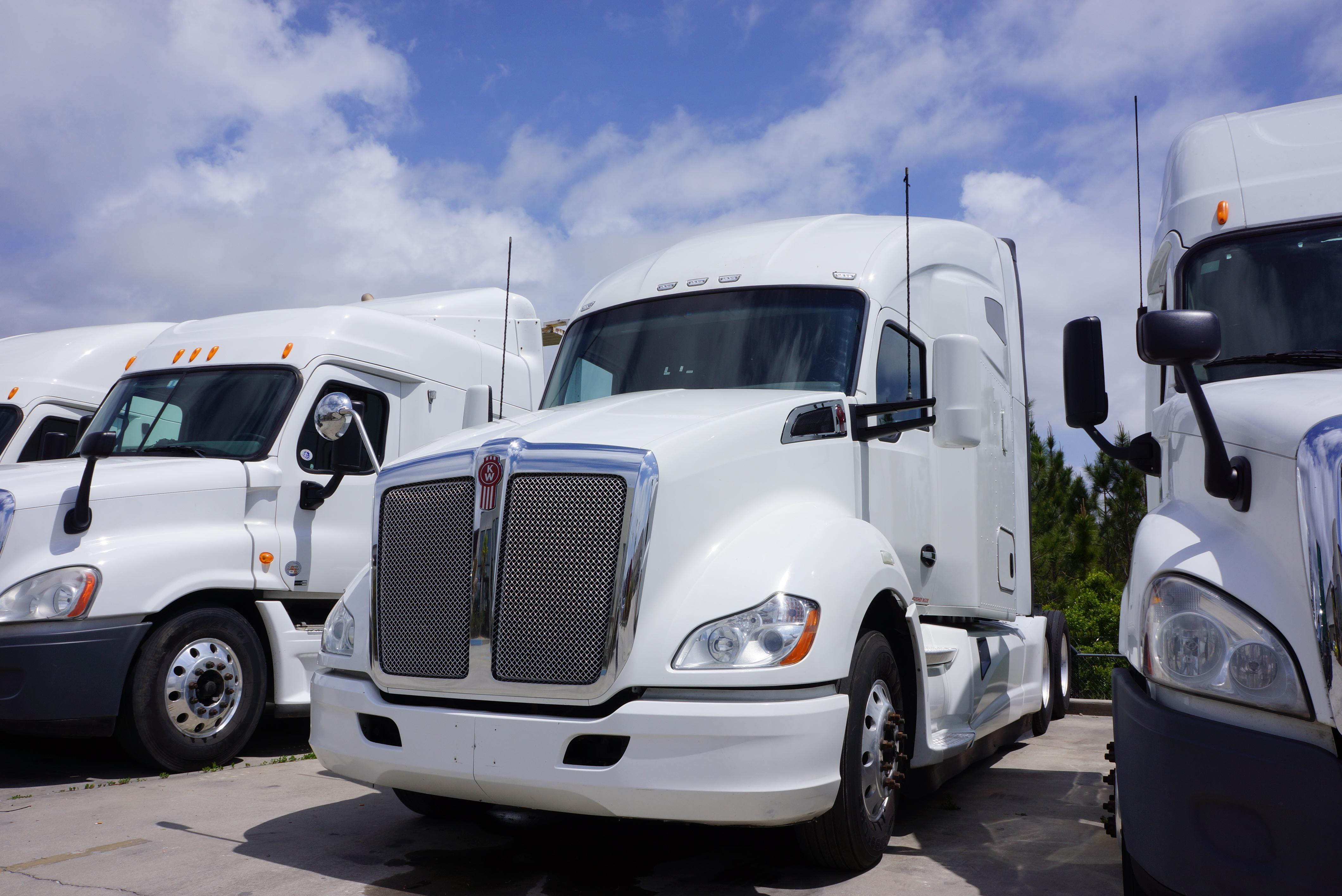 Used 2015 Kenworth T-680 for sale-59087182