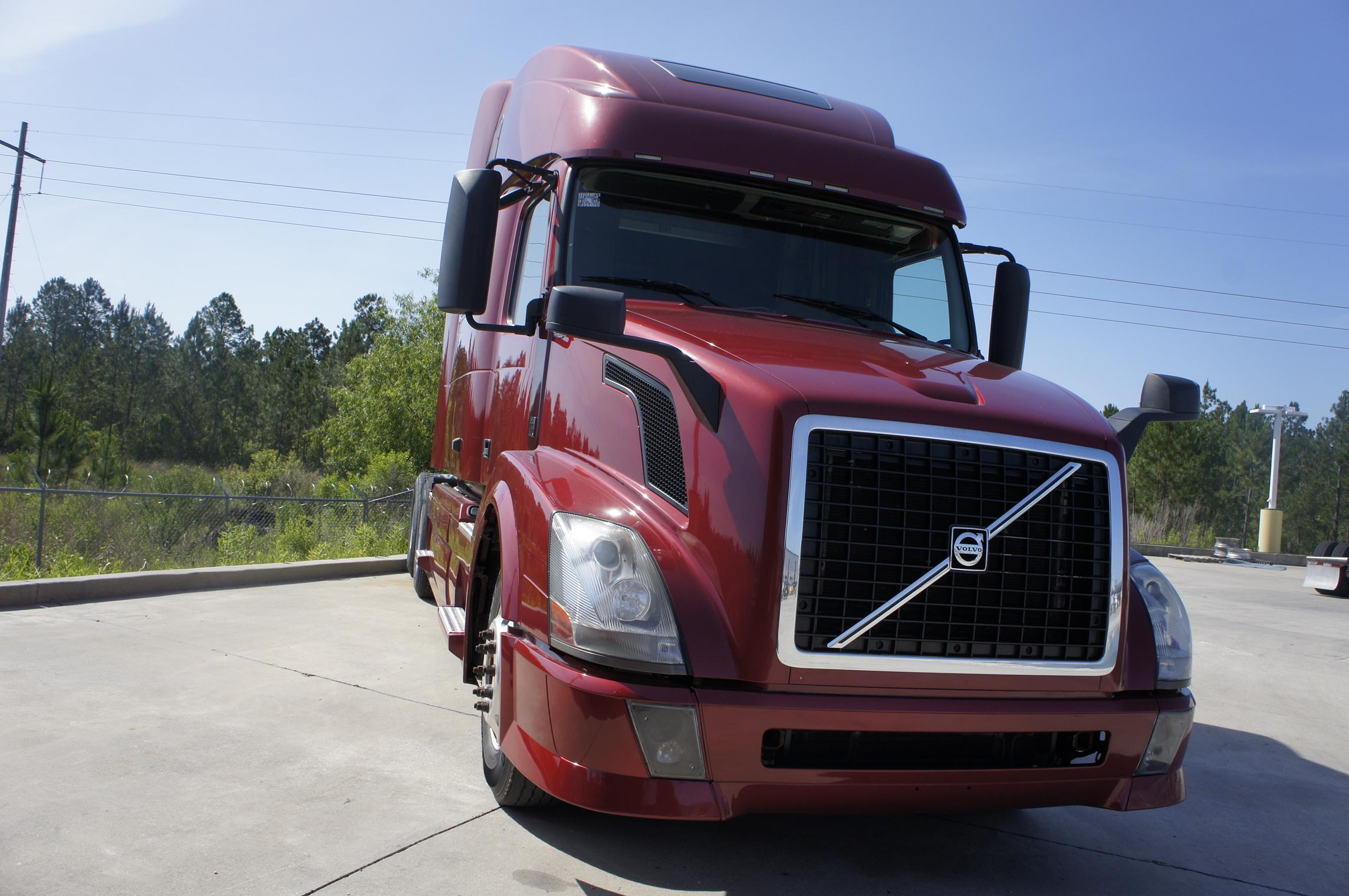 Used 2012 Volvo 780 for sale-59093966