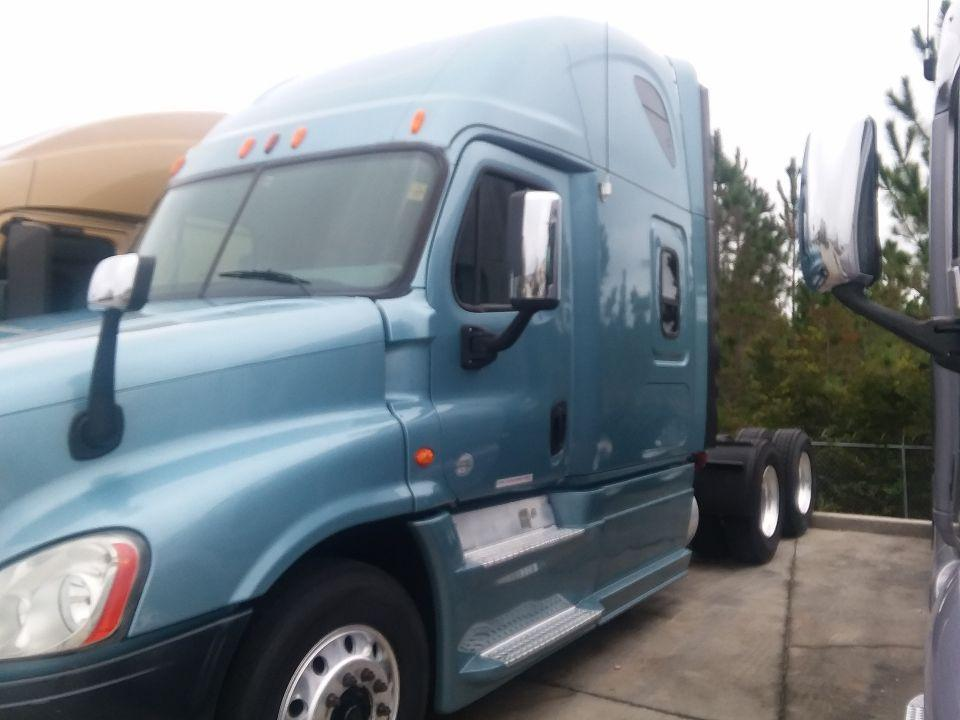 Used 2013 Freightliner Cascadia for sale-59234861