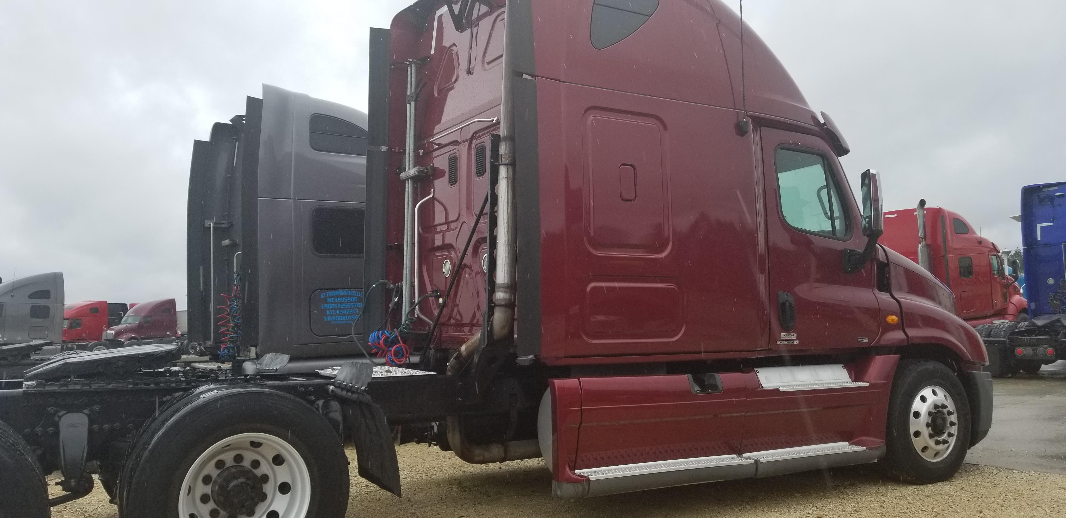 Used 2011 Freightliner Cascadia for sale-59110321