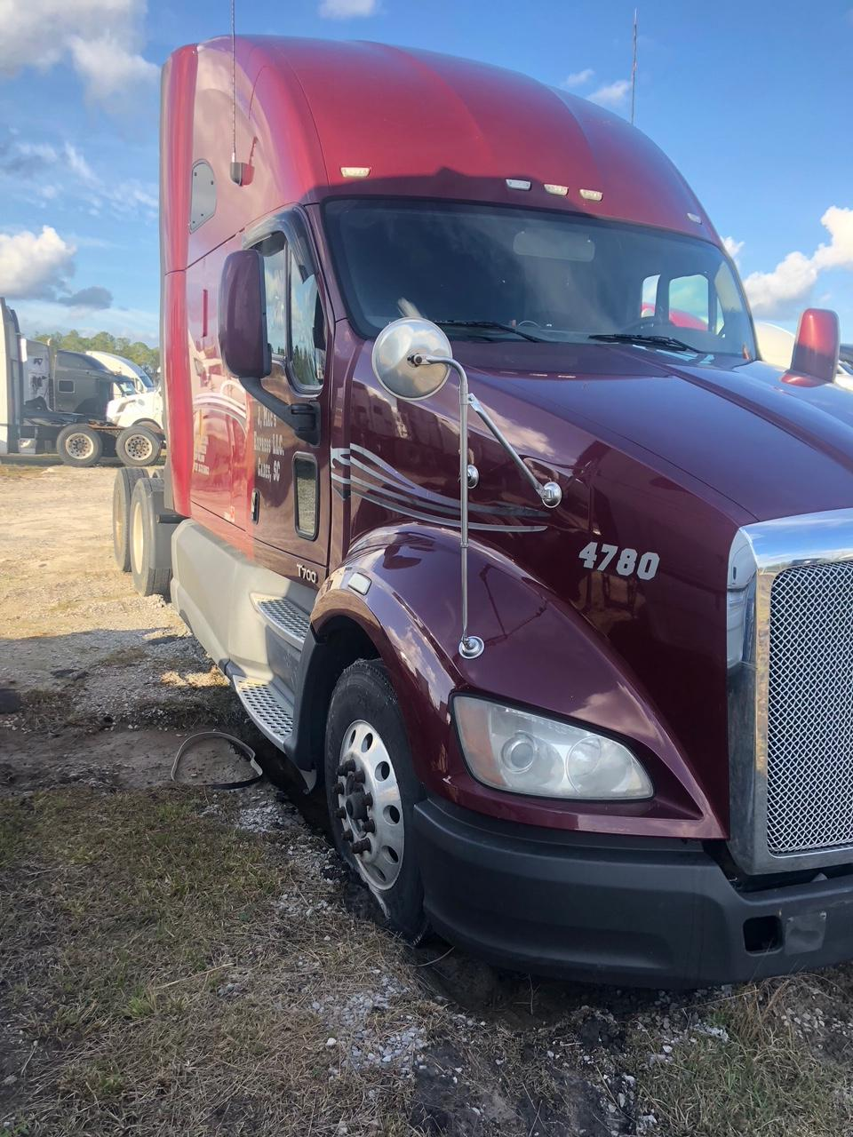 Used 2013 Kenworth T700 for sale-59198902