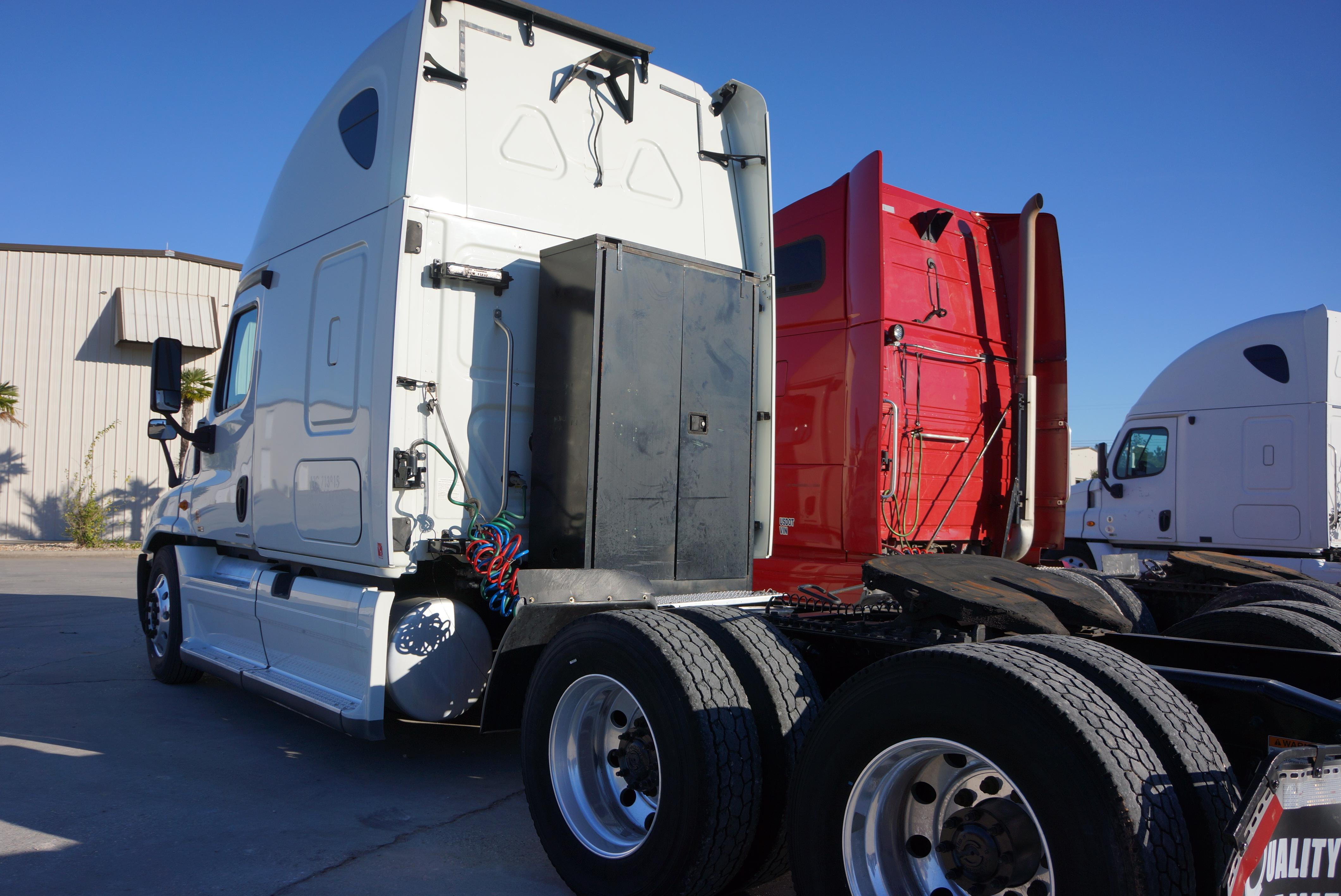 Used 2012 Freightliner Cascadia for sale-59200845