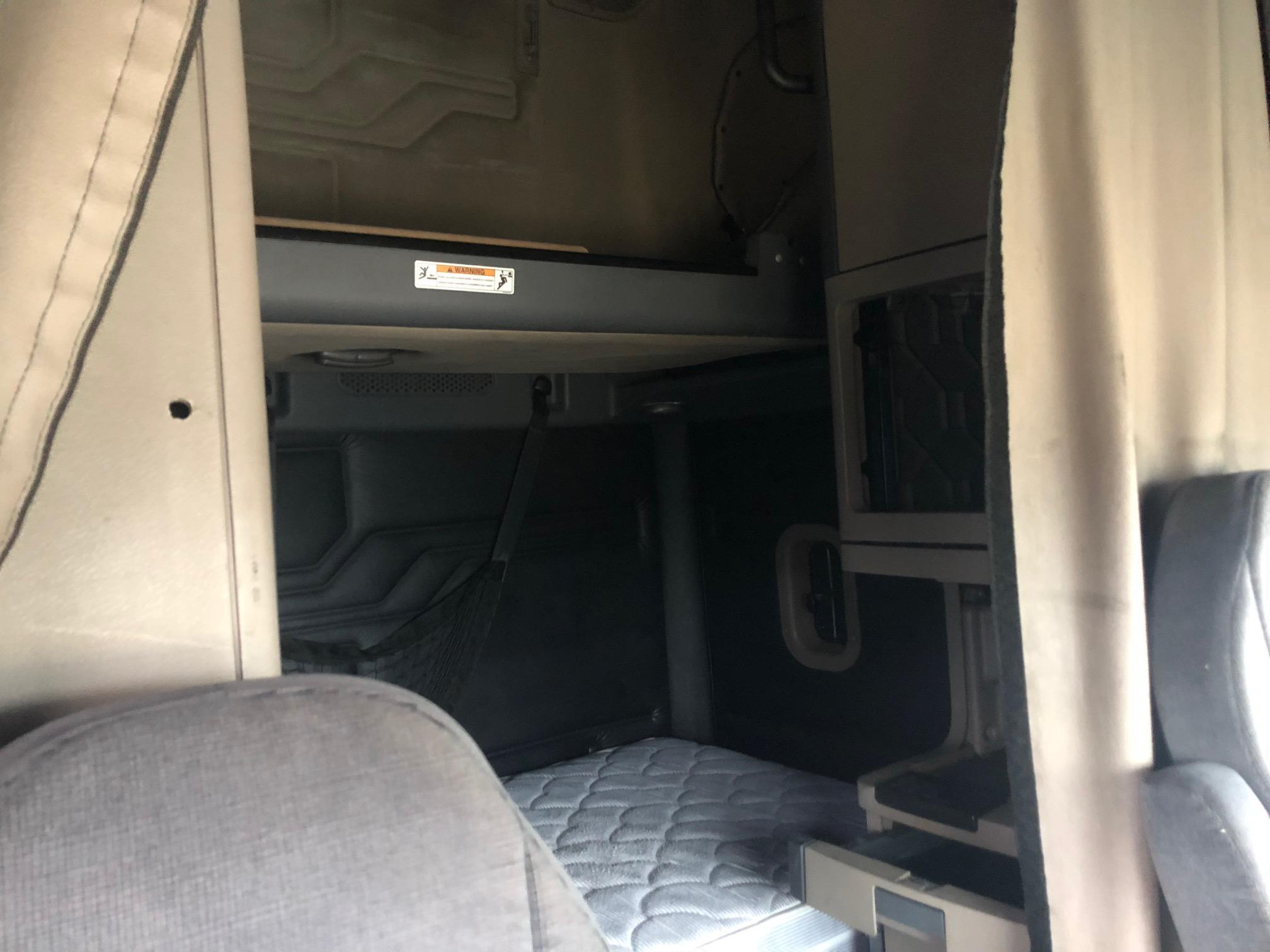 Used 2012 Freightliner Cascadia for sale-59234813