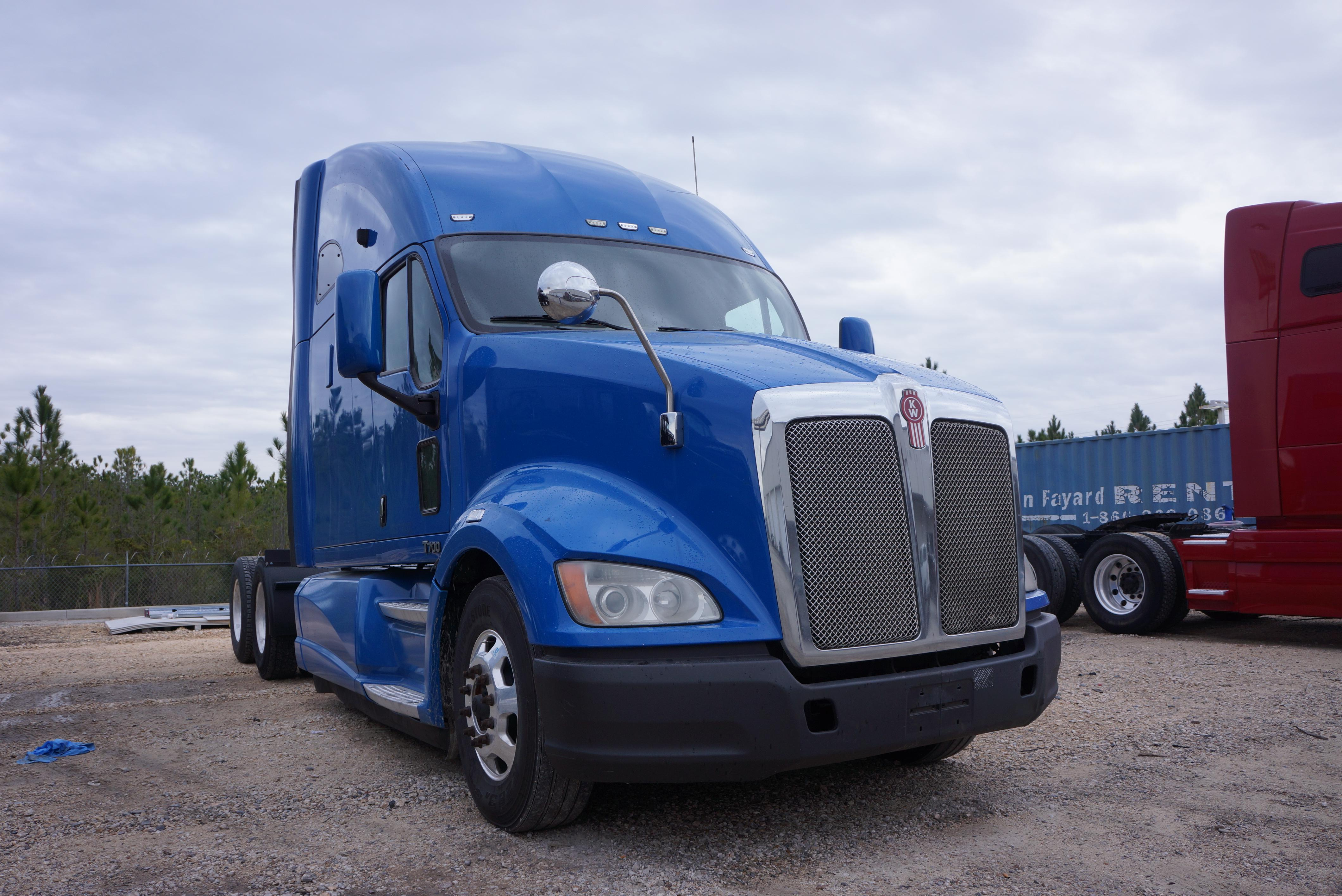 Used 2012 Kenworth T700 for sale-59207241