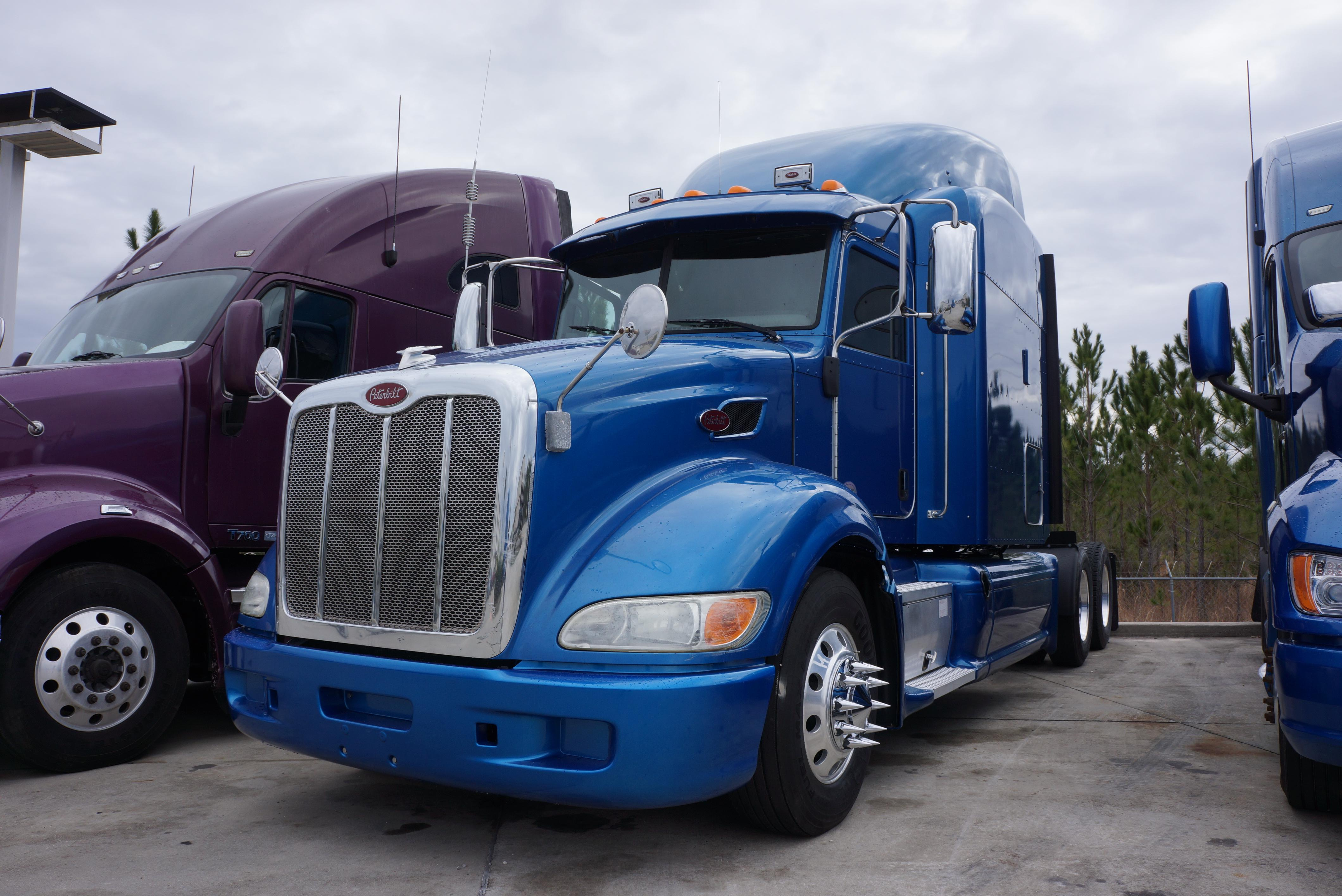 Used 2012 Peterbilt 386 for sale-59198923