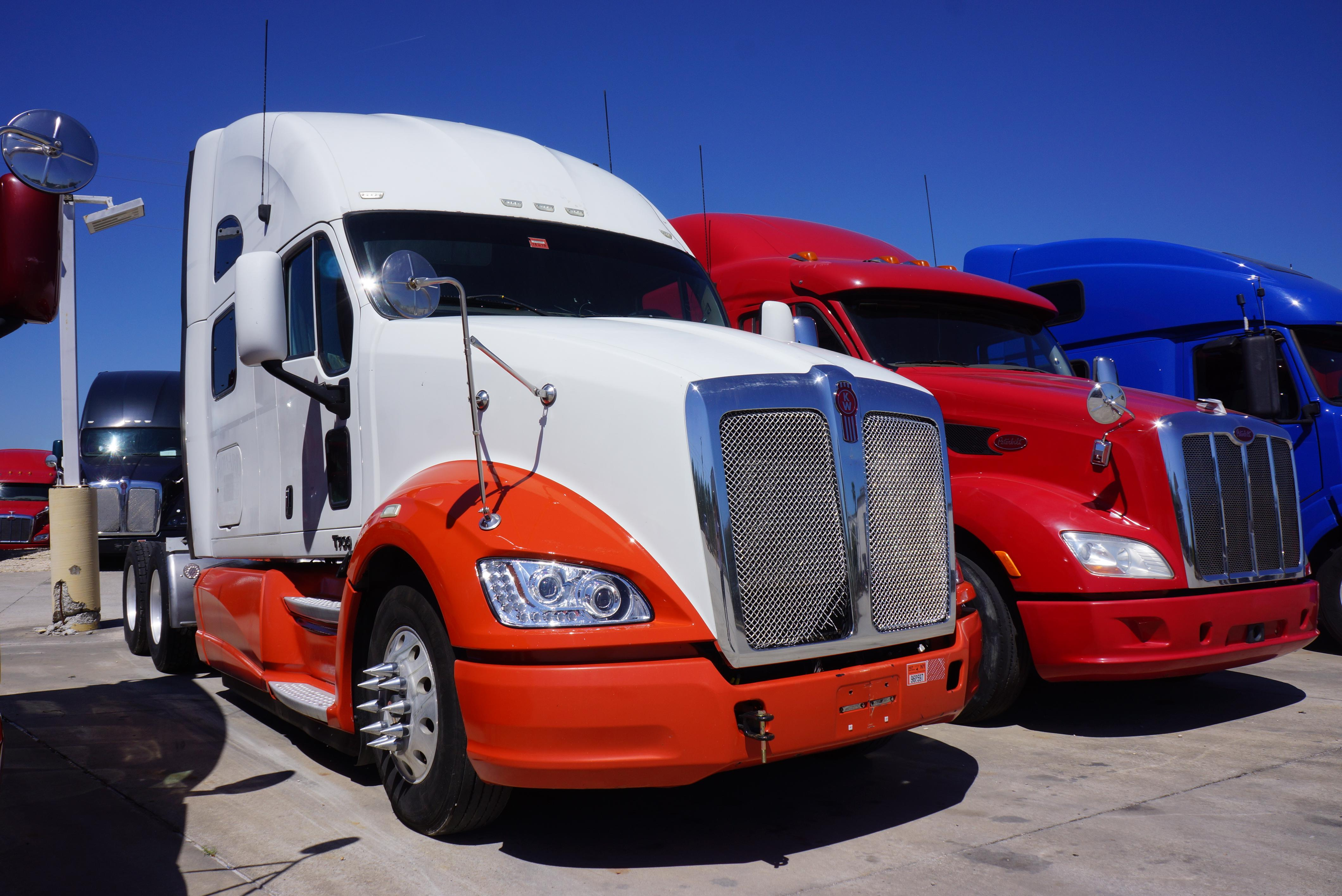 Used 2012 Kenworth T700 for sale-59234812