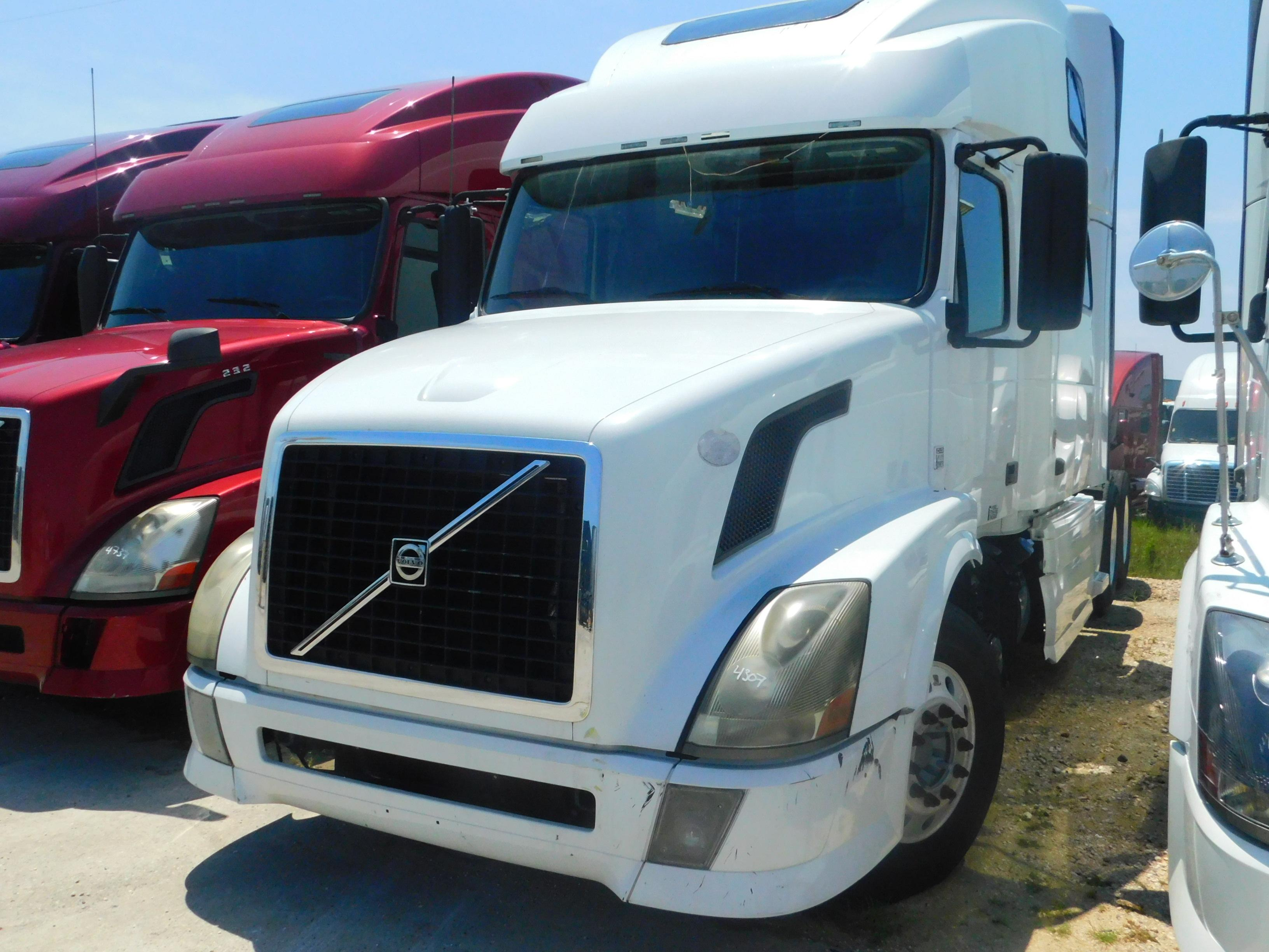 Used 2011 Volvo 780 for sale-59291605