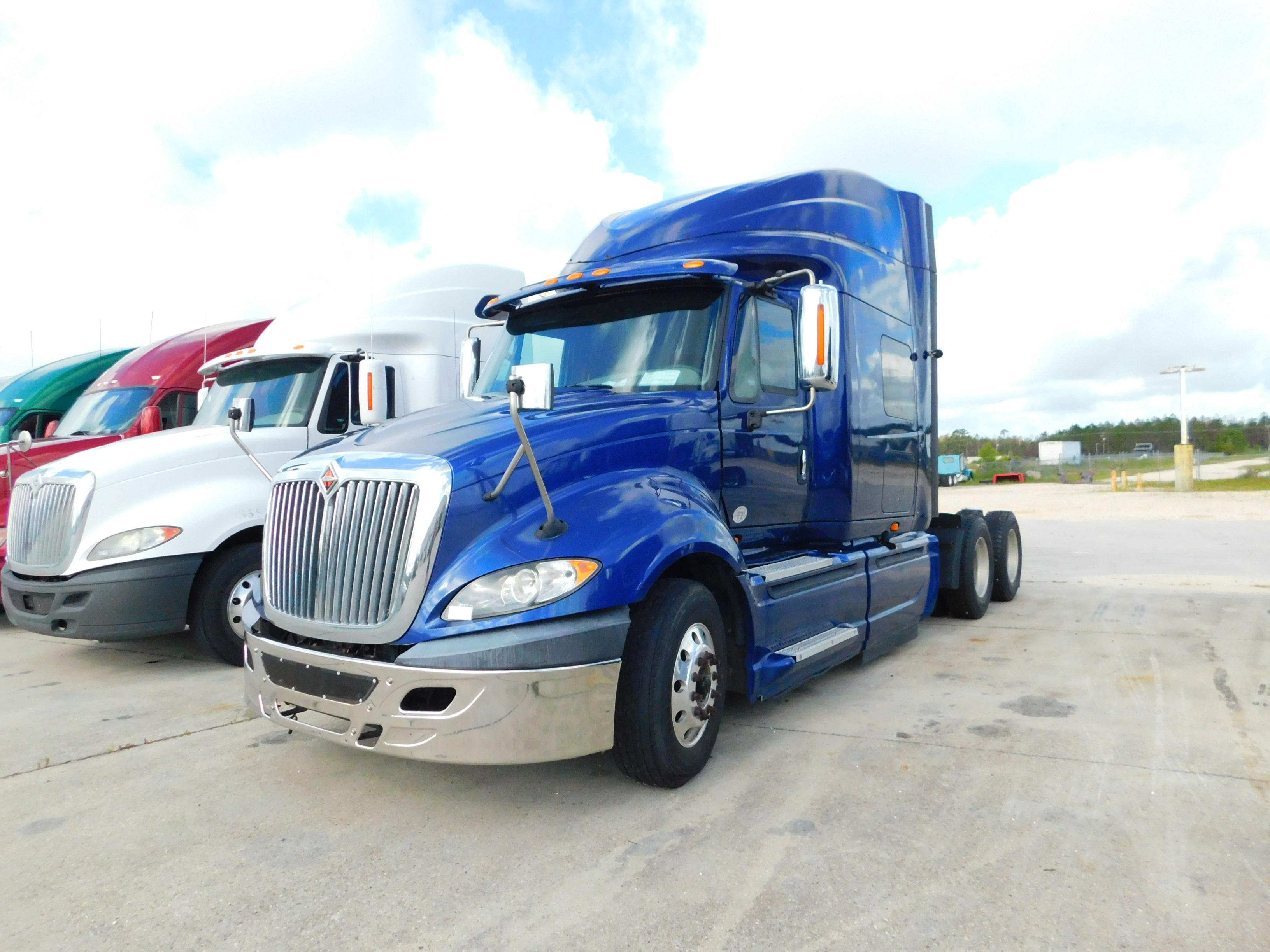 USED 2015 INTERNATIONAL PROSTAR EAGLE LTD SLEEPER TRUCK #180054